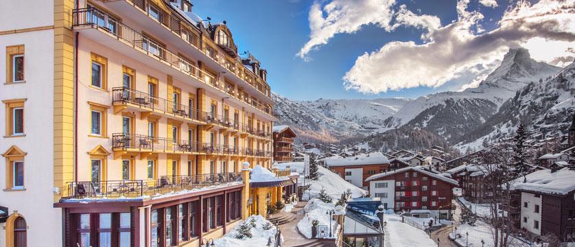 switzerland_zermatt_parkhotel-beausite_exterior-winter.jpg